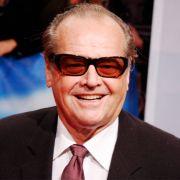 Der meistnominierte Mann, der dann auch tatsächlich gewonnen hat, ist Jack Nicholson. Zwölf Mal hatte er Chancen auf einen Oscar. Und mit drei Gewinnen hat er auch die zweitmeisten Oscars zuhause stehen.