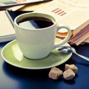 Mittagspausen-Fehler: Die falschen Getränke