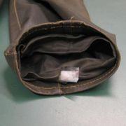 An den Innenseiten der Hosenbeine, in Jackenärmeln eingenäht: Die Dealer sind äußerst kreativ, wenn es um den Schmuggel geht. Doch auch Polizei und Zoll sind auf der Hut. Ende 2011 gelang ihnen ein großer Schlag gegen die Crystal-Mafia.