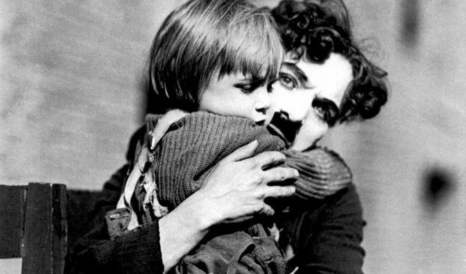 Charlie Chaplin ist dafür bekannt, dass er noch im hohen Alter Kinder zeugte. (Foto)