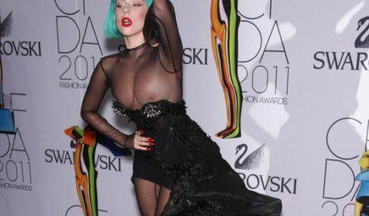 ... und hat in der Beziehung viel mit Popstar Lady Gaga gemeinsam.