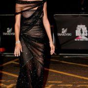 Doch nicht nur Models lieben es durchsichtig. Auch Schauspielerin Uma Thurman setzt hier auf dezente Transparenz. Ob bewusst oder unbewusst sei mal dahingestellt.