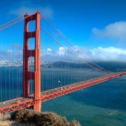 San Francisco ist in der Gunst der Urlauber auf dem fünften Rang. Vor allem die Golden Gate Bridge, das Gefängnis Alcatraz und die steilen Straßen machten die Stadt der Gegensätze weltberühmt.