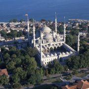Die türkische Stadt Istanbul ergattert sich Platz 7. Bekannt und spektakulär ist die Geschichte der Stadt selbst, die von zahlreichen Eroberungen geprägt ist.