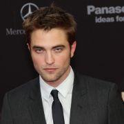Auch Robert Pattinson lässt sich lieber fahren.