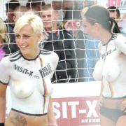 Sexy Soccer - Nacktfußball in Berlin
