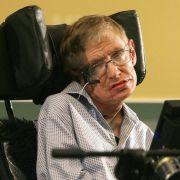 Stephen Hawking gibt eine Party für Zeitreisende - doch niemand kommt.