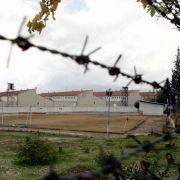 In der Türkei saßen 2008 mindestens 50 Deutsche ein. Hier das Gefängnis in Antalaya, wo der 17-jährige Schüler Marco Weiss in Untersuchungshaft saß.