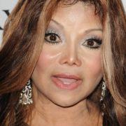 La Toya Jackson wird ihrem verstorbenen Bruder Michael Jackson immer ähnlicher.