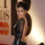 Nicht zur Nachahmung empfohlen: Sängerin Cheryl Cole schwört auf Zitronenwasser mit Cayenne-Pfeffer und Kettenrauchen, um nicht zuzunehmen.