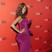 Abnehmen mit kleinen Helfern: Model Tyra Banks stellte in ihrer Talkshow Bandwürmer als ultimative Diätwunder dar.