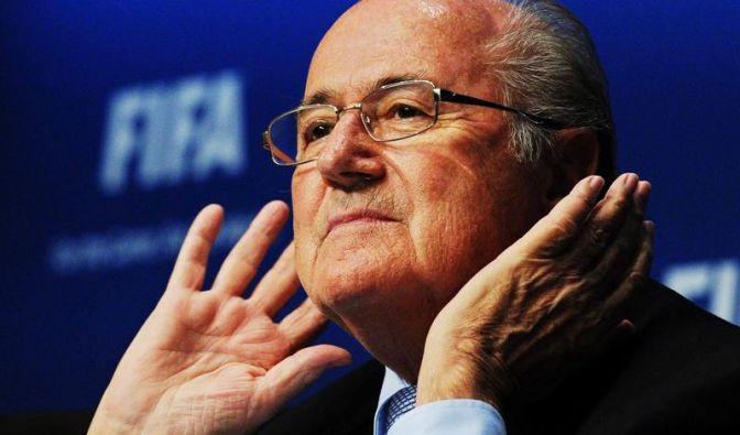 Mein Name ist Hase, ich weiß von nichts. Fifa-Boss Sepp Blatter steht immer wieder im Kreuzfeuer der öffentlichen Kritik.