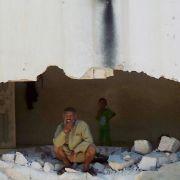 Mitte Juli 2012 berichten Aktivisten von einem Massaker mit mehr als 150 Toten in und um die Ortschaft Tremse in der Provinz Hama.
