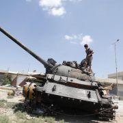 Regierungstruppen starten am 28. Juli 2012 eine Großoffensive gegen die Rebellen in der Metropole Aleppo.