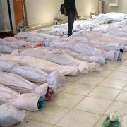 Bei einem Massaker im Ort Al-Hula am 25. Mai 2012 kommen mehr als 100 Zivilisten ums Leben. Für die Bluttat werden regierungstreue Soldaten verantwortlich gemacht.