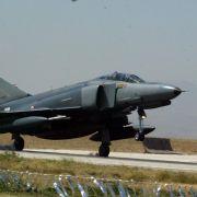 22. Juni 2012: Das syrische Militär schießt einen türkischen Kampfjet über dem Mittelmeer ab. Die Aktion verschärft die Spannungen in der Region dramatisch.