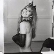 Das YouTube-Video zeigt Celine Dion bei den sexy Aufnahmen für das V-Magazin.