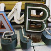 Sie gehören zu jedermanns Alltag, in Berlin werden sie gesammelt und ausgestellt: Das Buchstabenmuseum in der Hauptstadt begeistert vor allem Grafikliebhaber.