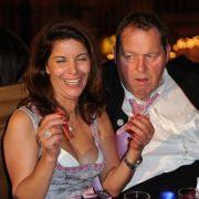 Haben Spaß auf dem Oktoberfest: Ottfried Fischer und Freundin Radhia Frey.