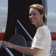 Prinz Williams Frau Kate ist das Lächeln sicher vergangen - jetzt gibt es auch noch Unten-ohne-Fotos von ihr.