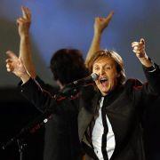 Auch Paul McCartney protestierte gegen die Haft der drei Musikerinnen.