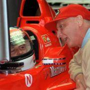 Niki Lauda (RTL-Experte und künftiger Aufsichtsratschef des Mercedes-Teams): «Ich finde es traurig und schade für den ganzen Motorsport, aber das ändert nichts an der Tatsache, dass Michael Schumacher für sich eine Entscheidung getroffen hat.»