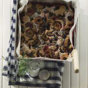 Saftiger Obstkuchen mit Kürbiskernen