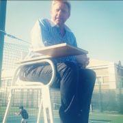 Boris Becker auf dem Tennisplatz.
