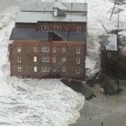Die Sturmflut, die «Sandy» mitbrachte, war bis zu vier Meter hoch und peitschte Wassermassen ins Landesinnere.