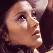 Als wunderschönes Bond-Girl Solitaire verliert Jane Seymour ihre Fähigkeiten als Wahrsagerin