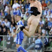 Flitzer beim U21-EM-Spiel zwischen England und Finnland
