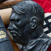 Aber auch Adolf Hitler weckt Emotionen - und passt deshalb in das Schema von Werbung.