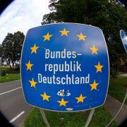 Ohne Zuwanderung sterben wir Deutschen innerhalb von 300 Jahren aus.