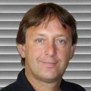 Unser Experte am Telefon: Dr. Ralph Herrmann vom Hildesheimer Augenzentrum.