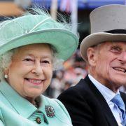 Die Queen ist berühmt für ihre eiserne Disziplin. Auch ihre Ehe mit Prinz Philip ist seit ihrem 65. Hochzeitstag eisern. Das Paar ging durch Höhen und Tiefen - und dennoch war es über all die Jahre unzertrennlich.