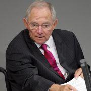 Weder von seiner Lähmung, verursacht durch ein Attentat 1990, noch durch die CDU-Spendenaffäre ließ sich der heutige Finanzminister Wolfgang Schäuble unterkriegen.