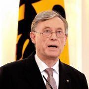 Als der damalige Bundespräsident Horst Köhler im März 2010 seinen Rücktritt erklärte, wollte viele nicht so recht begreifen, warum. Wegen seiner Äußerungen zu Auslandseinsätzen der Bundeswehr war er medial angegriffen worden.