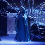 Freaky T hat sich mit einer großartigen Version des Madonna-Songs Frozen ganz knapp gegen Jesper Jürgens ins Halbfinale gesungen.
