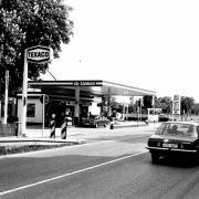 Die besten Bilder zu 40 Jahre Selbstbedienungs-Tanke: Weg mit dem Tankwart