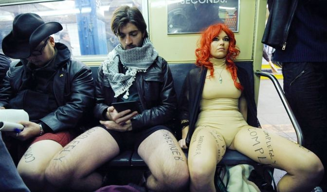[36155085]No Pants Subway Ride 2013 New York (Foto)