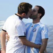 «Fussball ist alles... auch schwul!» (Archivbild)