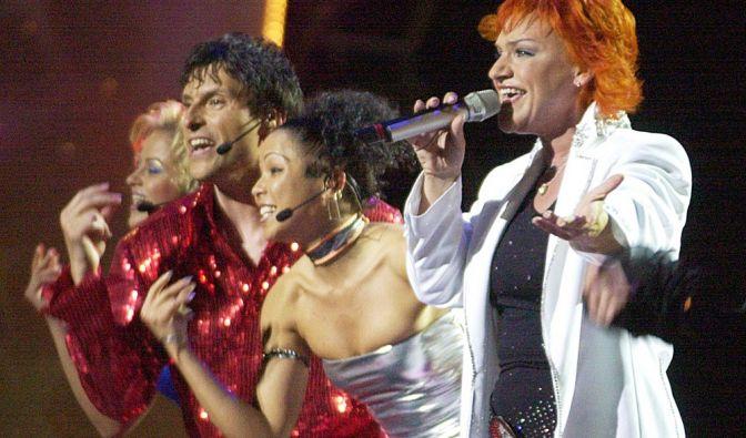 Lou (2003)