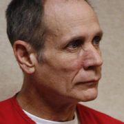 Ihr Peiniger: Phillip Garrido. Zusammen mit seiner Frau entführte er Jaycee, hielt sie in einem Verlies auf seinem Grundstück und zeugte zwei Töchter mit ihr. Nach Jaycees Befreiung wurde er zu lebenslänglicher Haft verurteilt.