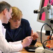 Im Mai 2011 hat das Bundesforschungsministerium sein neues Förderkonzept «Vernachlässigte und armutsassoziierte Krankheiten» vorgestellt. Damit soll die Forschungsförderung für diese Krankheiten kontinuierlich ausgebaut werden.