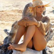 ...oder als verführerisches Beach-Girl.