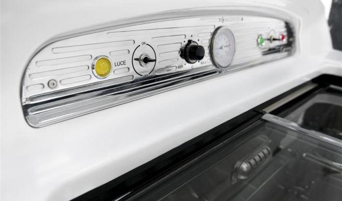 Der coole Italo-Designer-Kühlschrank von Fiat ist nicht nur in weiß lieferbar. (Foto)