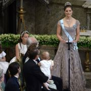 Kronprinzessin hält eine emotionale Rede für ihre Schwester.