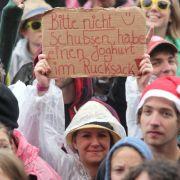Aber auch lustige Aufschriften waren in der Menge zu finden.