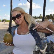 Annina hat in Miami eine heiße Connection, die ihr helfen soll, den großen Traum vom Glamour-Model zu verwirklichen