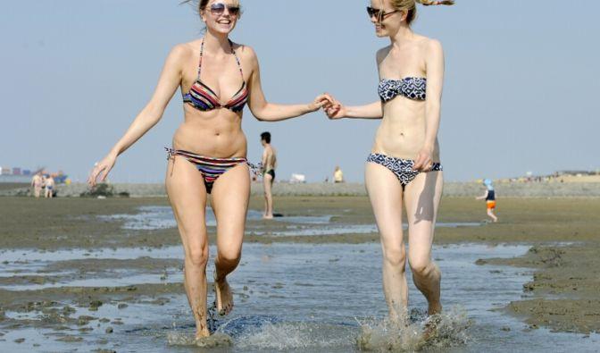 Endlich Sommer! Badenixen nutzen die tropischen Temperaturen. (Foto)